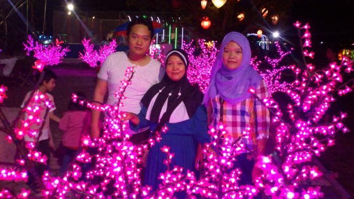 Main Taman Pelangi Palembang Ikhsan Kurniawan Wahana Menyediakan Berbagai Macam