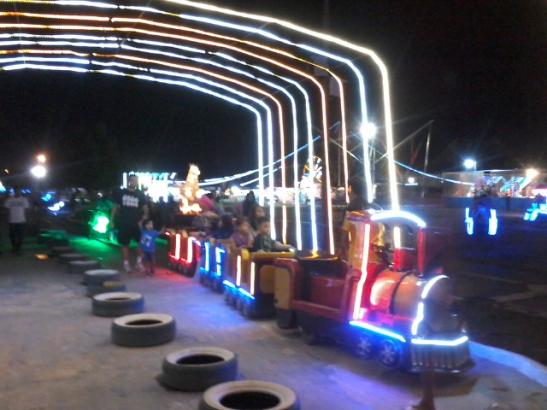 Taman Pelangi Sriwijaya Palembang 29 November 2014 Amel 20141129 190321