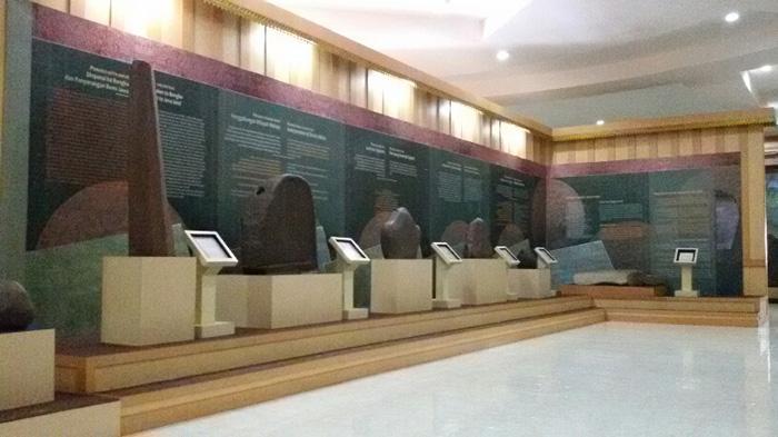 Menelusuri Jejak Kerajaan Sriwijaya Tpks Palembang Halaman Taman Purbakala Koleksi