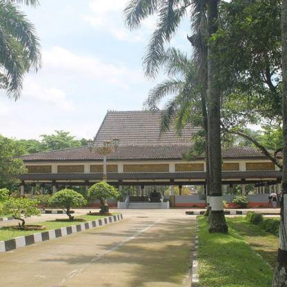 Palembang Srivijayan Heritage Wong Kito Galo Pempek Day 1 Taman