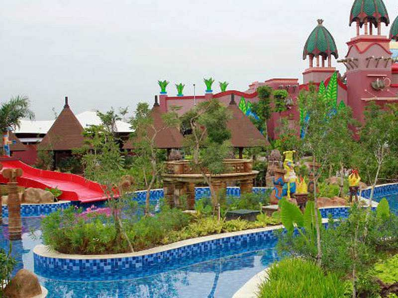 Amanzi Waterpark Palembang Bermain Air Bersama Keluarga Permainan Waterboom Opi