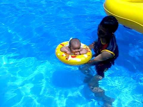 Bang Eyza Berenang Opi Water Fun Youtube Waterboom Jakabaring Kota