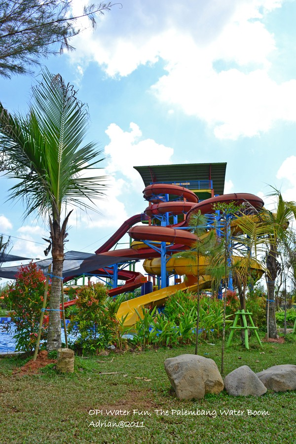 Basah Basahan Opi Water Fun Jakabaring Palembang Boom Waterboom Kota
