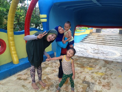 Bermain Air Opi Water Fun Palembang Htm Hari Senin Hingga