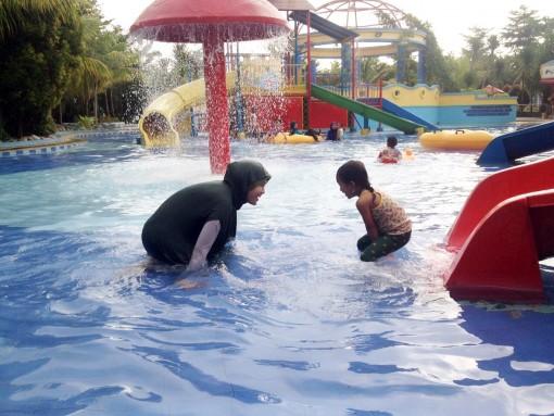 Bermain Air Opi Water Fun Palembang Menuju Bisa Ditempuh Sekitar