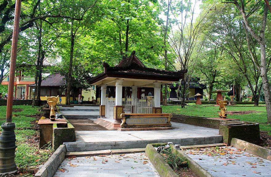 Wisata Taman Hutan Punti Kayu Daerah Palembang Referensi Alam Kota