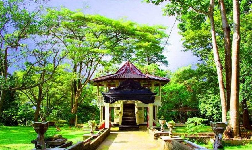 21 Tujuan Tempat Wisata Palembang Menarik Liburan Keluarga Kembang Iwak