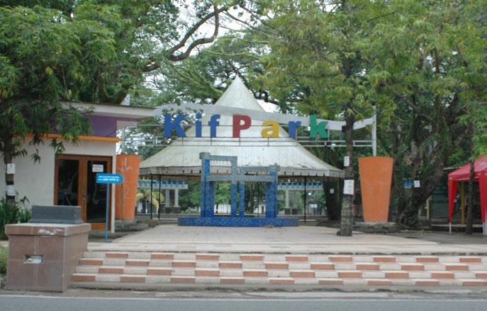 Kambang Iwak Family Park Tempat Wisata Indonesia Keluarga Kembang Kota