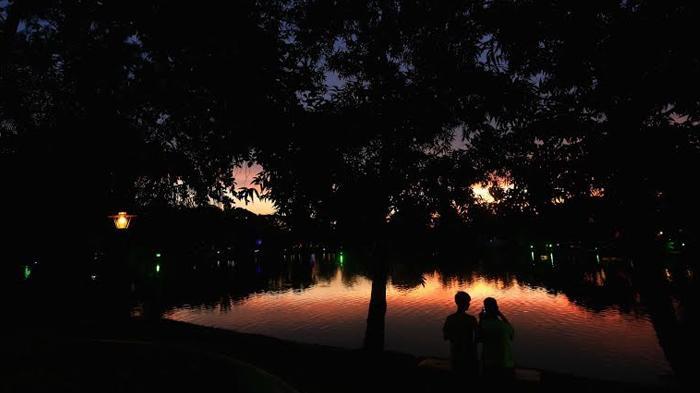 Santai Gratis Taman Kambang Iwak 1001wisata Palembang Wisata Keluarga Kembang