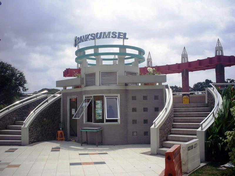 Taman Kambang Iwak Palembang Tamasya Bersama Keluarga Area Bermain Wisata