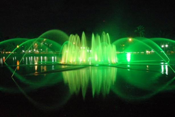 Taman Kambang Iwak Palembang Tamasya Bersama Keluarga Wisata Kembang Family