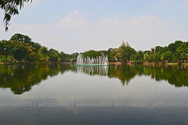 Taman Wisata Kambang Iwak Palembang Keluarga Kembang Family Park Kota