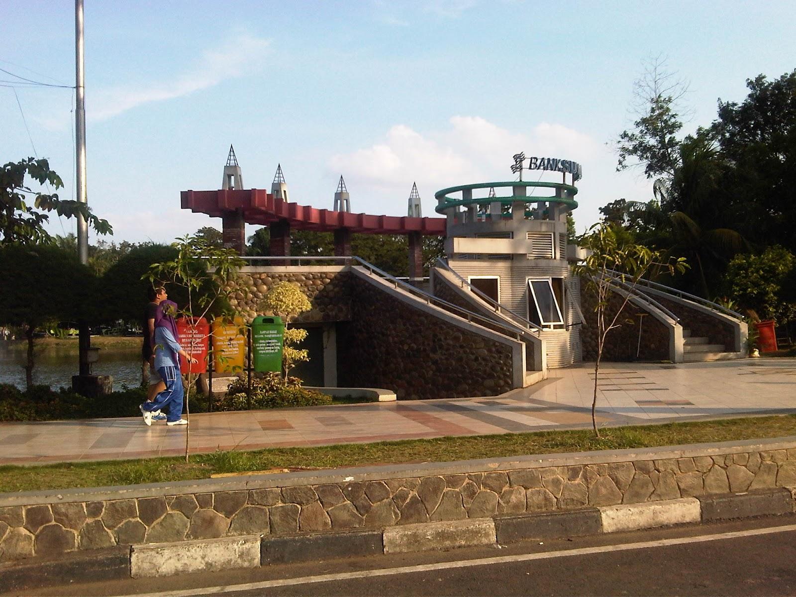 Unique Palembang Kambang Iwak Family Kif Park Recreation Place Located