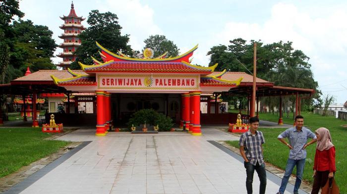Pulau Kemaro Daratan Tengah Sungai Musi Legenda Siti Fatimah Wisata
