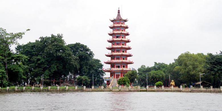 Pulau Kemaro Legenda Cinta Bulan Purnama Cap Meh Kompas Kompleks