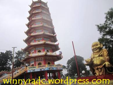 Wisata Pulau Kemaro Palembang Winny Marlina Kuil Kota