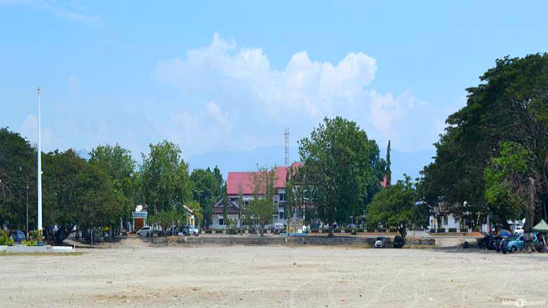 Anjungan Nusantara Diserahkan Pemkot Palu 1 Maret 2016 Previous Kota