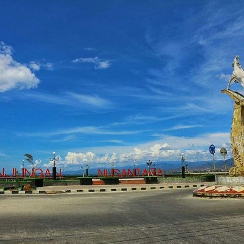 Palu Sulawesi Tengah Soalpalu Instagram Photos Videos Anjungan Nusantara Patung