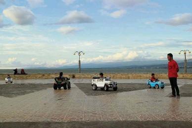 Pressreader Kompas 2017 03 19 Pantai Talise Atmosfer Kota Palu