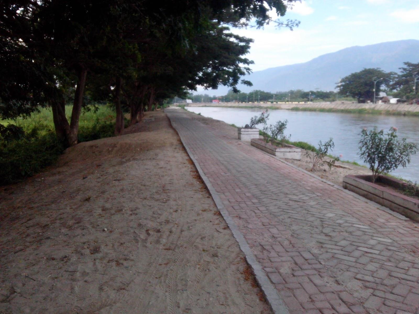 Sungai Palu Potensi Wisata Kota Terpendam Rizensia Gambar Produksi Foto