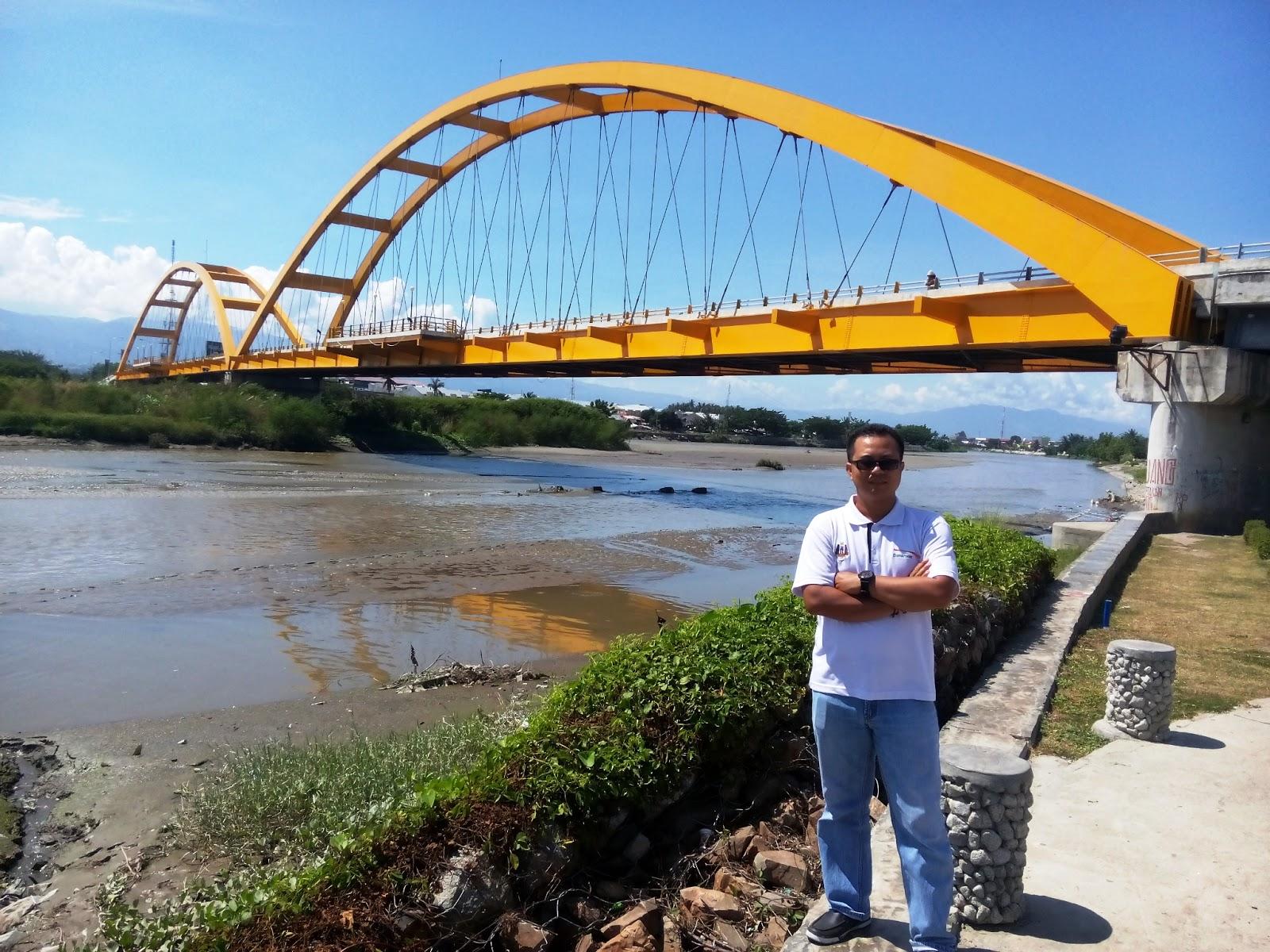 Wiyak Bumi Langit Berfoto Jembatan Palu Iv Ponulele Kota