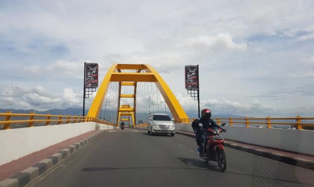Budi Mayo Ayam Bakar Madamba Kota Palu Jembatan Merah
