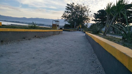 Jembatan Kuning Kota Paluby Arif Wicaksono Smd Picture Talise Beach