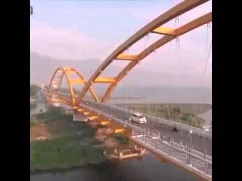 Jembatan Palu Iv Sulteng Youtube Merah Kota