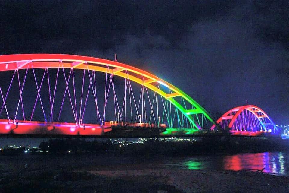 Jembatan Ponulele Lengkung Ketiga Dunia Wisata Palu Berada Indonesia Diantaranya