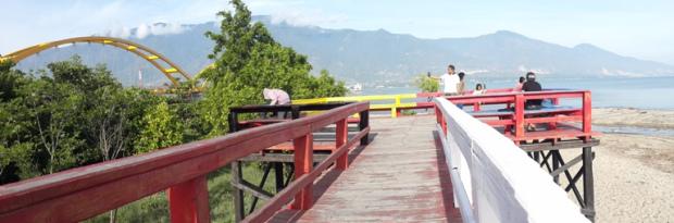 Pesona Kota Palu Sulawesi Tengah Senja Tak Jauh Jembatan Kuning