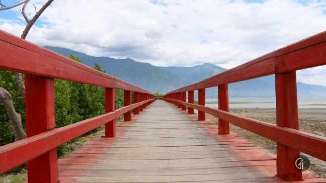 Taman Anjungan Pantai Talise Greatnessindonesia Jembatan Merah Kota Palu