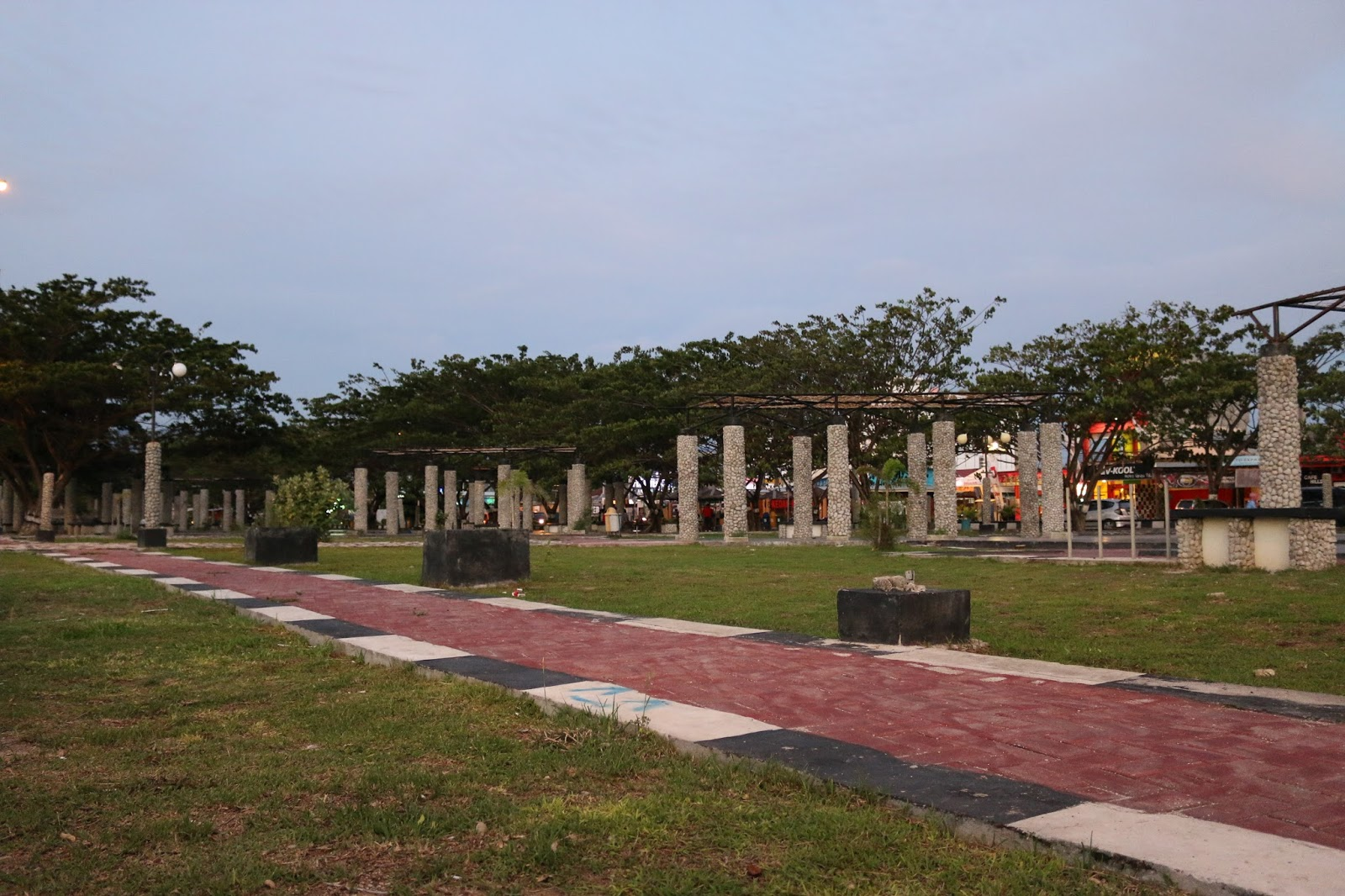 Taman Anjungan Pantai Talise Kota Palu Great Photo Indonesia Luas
