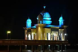 Antarworld Travel Tempat Wisata Kota Palu Wajib Kunjungi Masjid Terapung