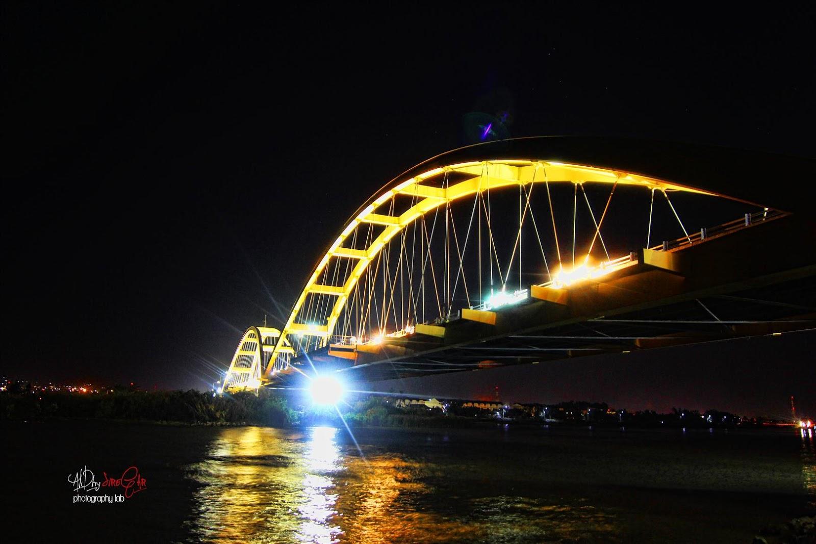 Hunting 23 Jembatan Teluk Masjid Terapung Al Bargham Palu Apung