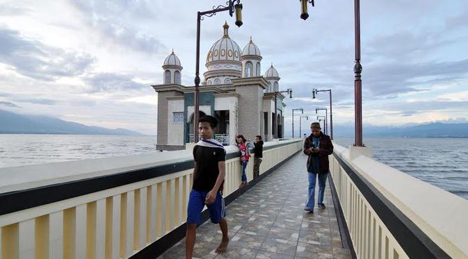 Kisah Keunikan Masjid Terapung Kota Palu Ramadan Liputan6 Apung