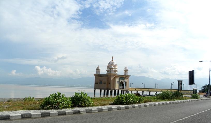 Masjid Apung Palu Sulawesi Tengah Media Pomosi Tempat Wisata Kota
