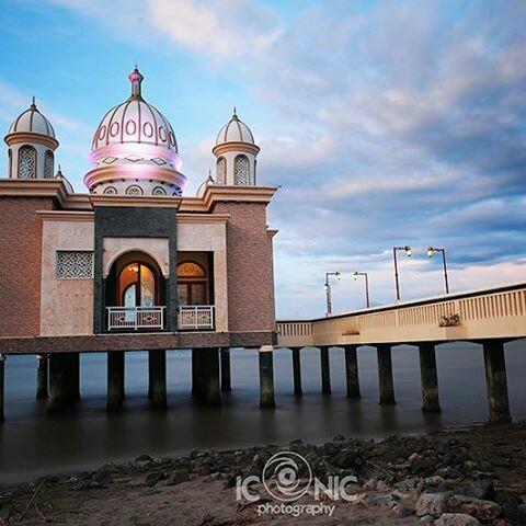 Masjid Arqam Bab Al Rahman Terapung Kota Palu Sulawesi Tengah