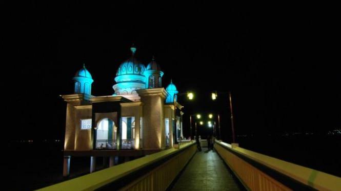 Masjid Terapung Palu Viva Photo Antara Fiqman Sunandar Apung Kota