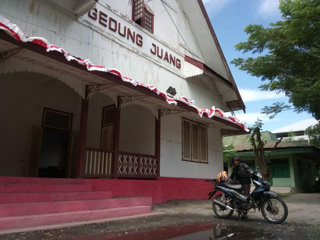 Sejarah Gedung Juang Sulawesi Tengah Alicope Taman Ntovea Kota Palu