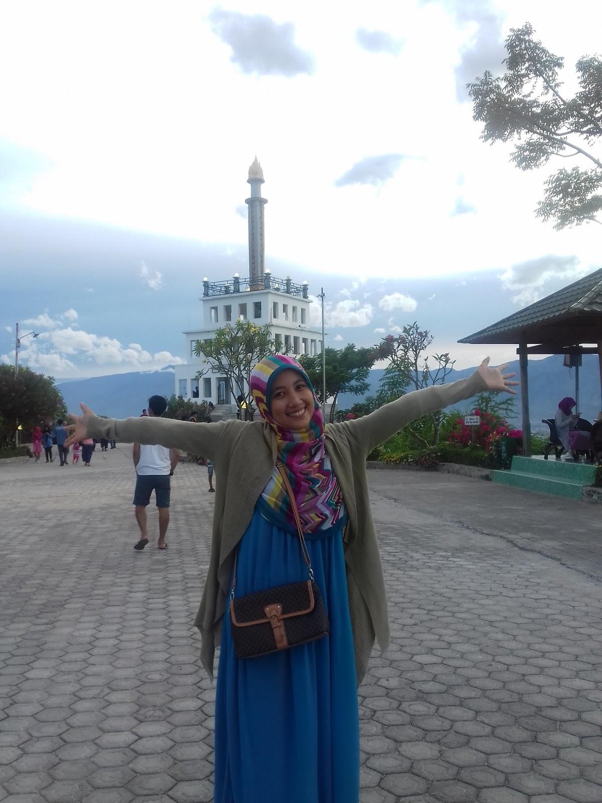 Jusmiati Story Taman Edukasi Nosarara Nosabatutu Simbol Akhir Pekan Panjang