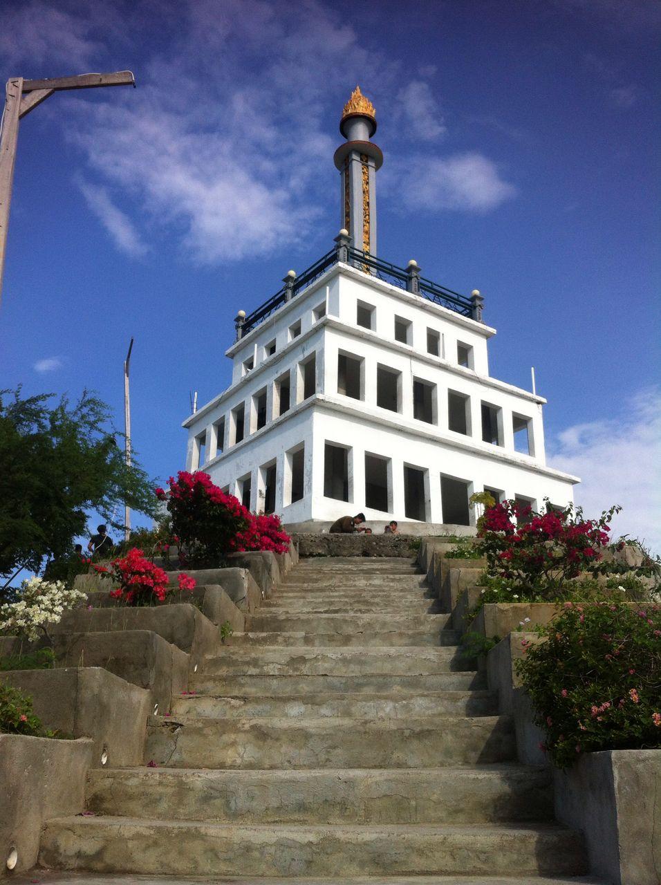 Taman Edukasi Monumen Perdamaian Nosarara Nosabatutu Palu 5 Bukit Tondo
