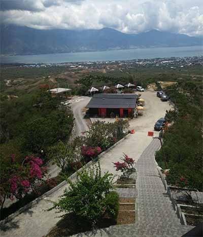 Tugu Monumen Nosarara Nosabatutu Kembali Dibuka Radarsultengonline Keindahan Teluk Palu