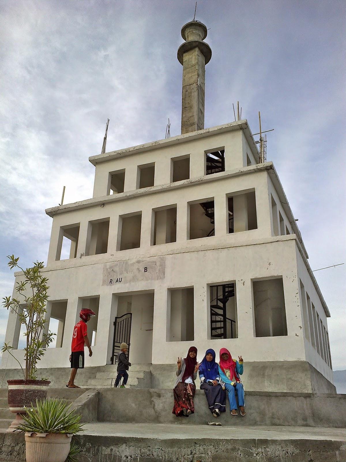 Tugu Perdamaian Nosarara Nosabatutu Rismaple Blog Kota Palu