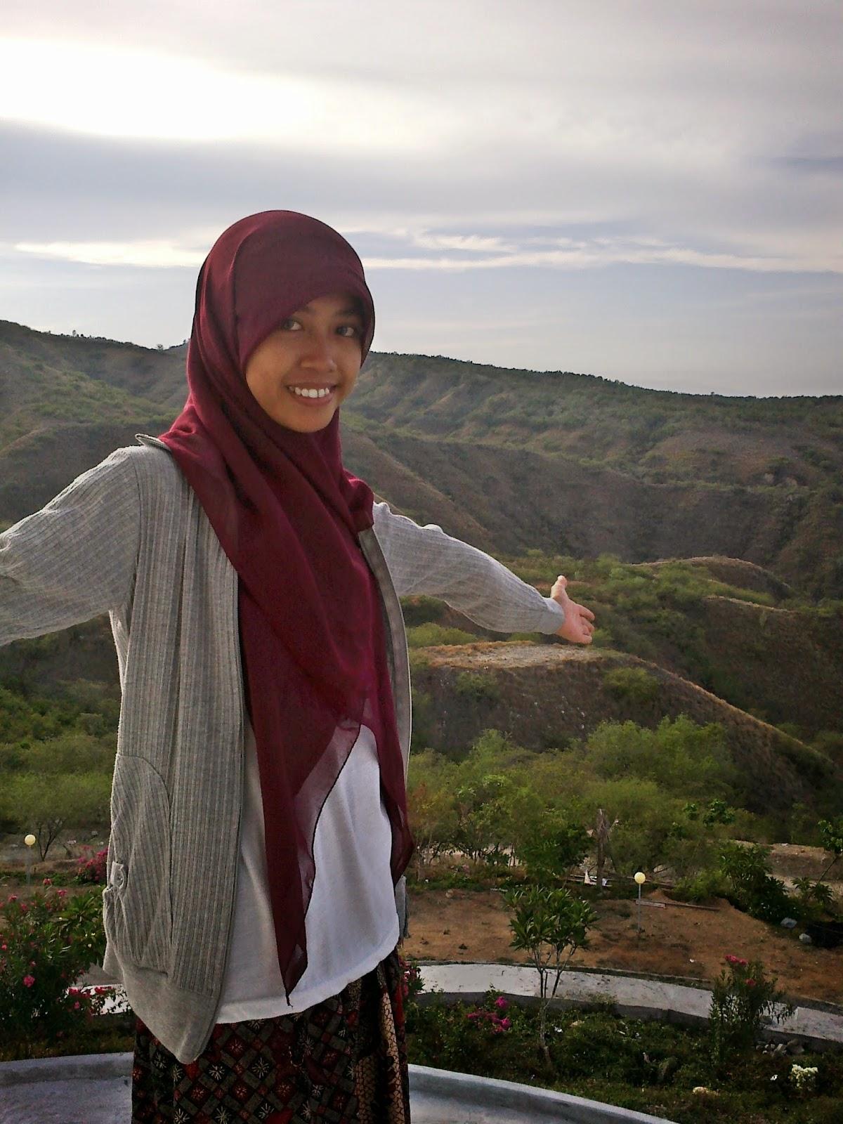 Tugu Perdamaian Nosarara Nosabatutu Rismaple Blog Wanna Jump Bagi Takut