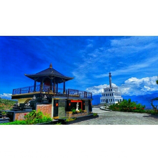 Tugu Perdamaian Nosarara Nosabatutu Unikpalu Sumber Instagram Isalthalib Kota Palu