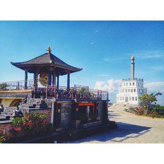 Wisata Sulawesi Tengah Sulteng Tugu Gong Perdamaian Nosarara Nosabatutu Kota