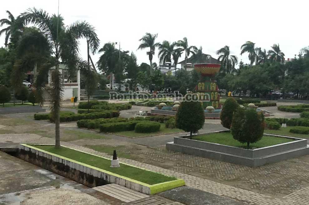 Alun Taman Merdeka Pangkalpinang Riau Berita Daerah Kota