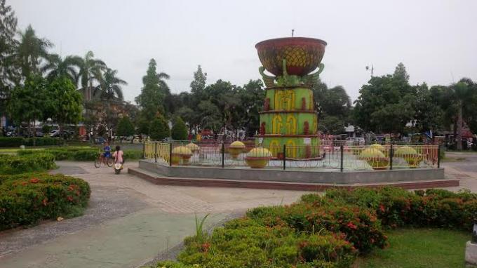 Stres Kepungan Gedung Tinggi Kota Pangkalpinang Alun Taman Merdeka