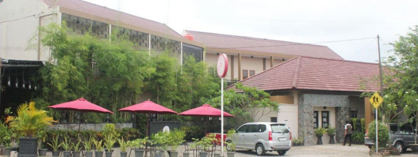 Booking Puri 56 Hotel Resto Travelio Kelenteng Dewi Laut Kota