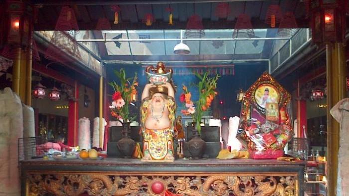 Vihara Dharma Bhakti Patung Dewi Kwan Im Selamat Bangka Pos